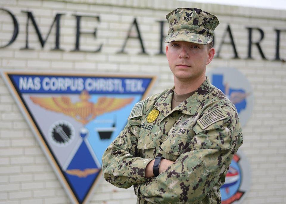 Petty Officer 1st Class Sean Hiller, a 2009
