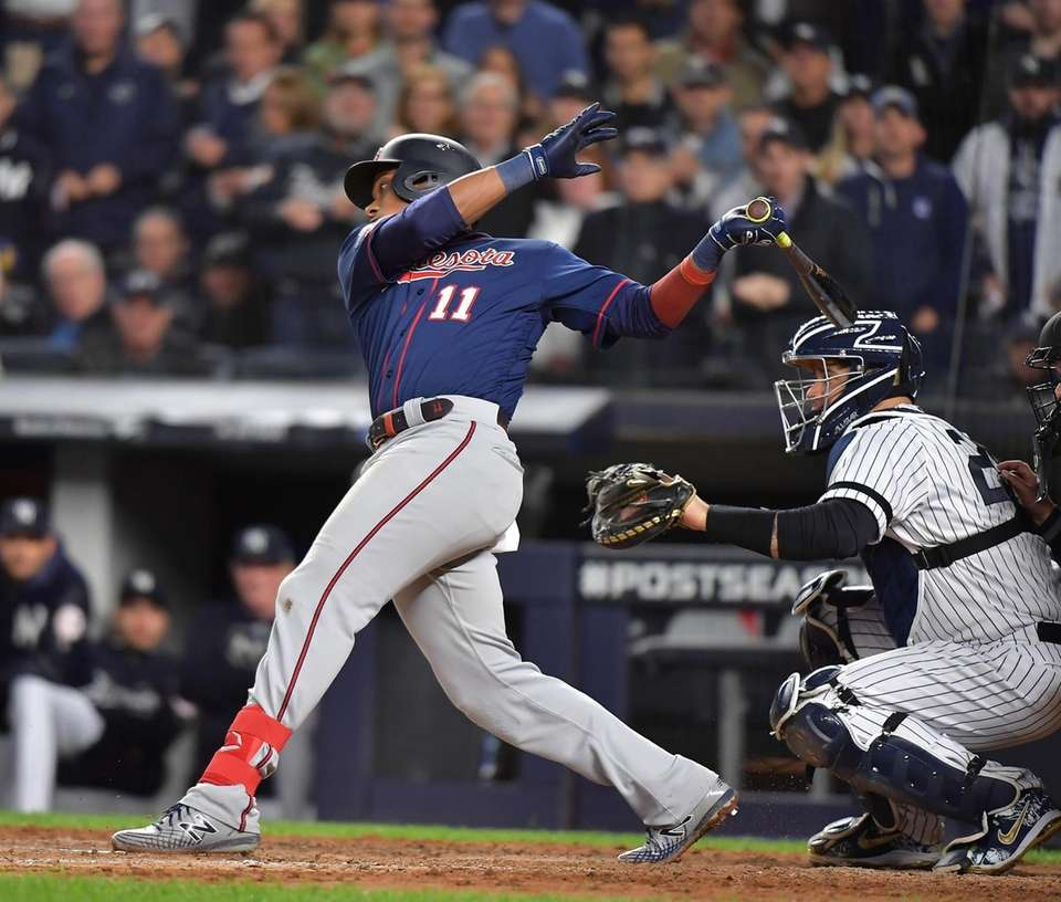 Minnesota Twins shortstop Jorge Polanco (11) with the