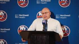 Islanders head coach Barry Trotz and captain Anders