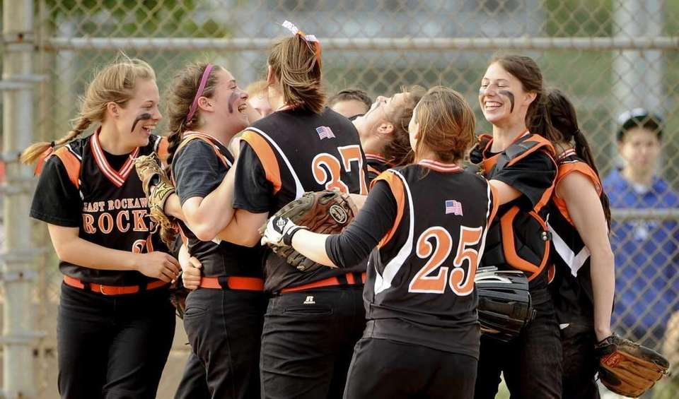East Rockaway reacts after beating Friends Academy 8-2
