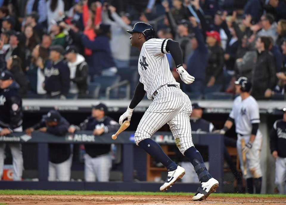 New York Yankees shortstop Didi Gregorius (18) with