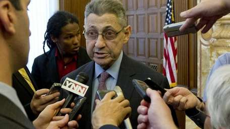 Assembly Speaker Sheldon Silver (D-Manhattan) talks to reporters