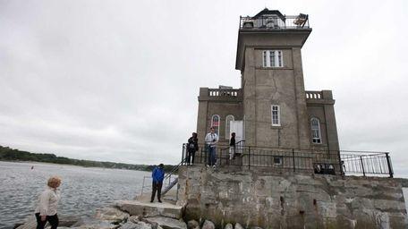 CELEBRATE THE LIGHT The Huntington Harbor Lighthouse is