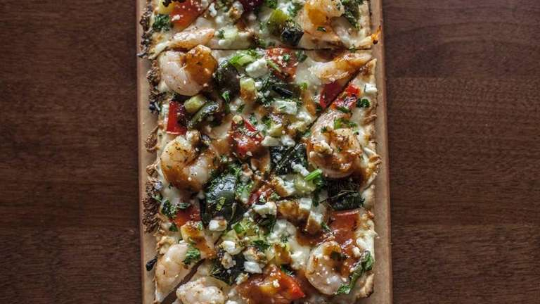Seasons 52's crispy shrimp flatbread appetizer includes poblano