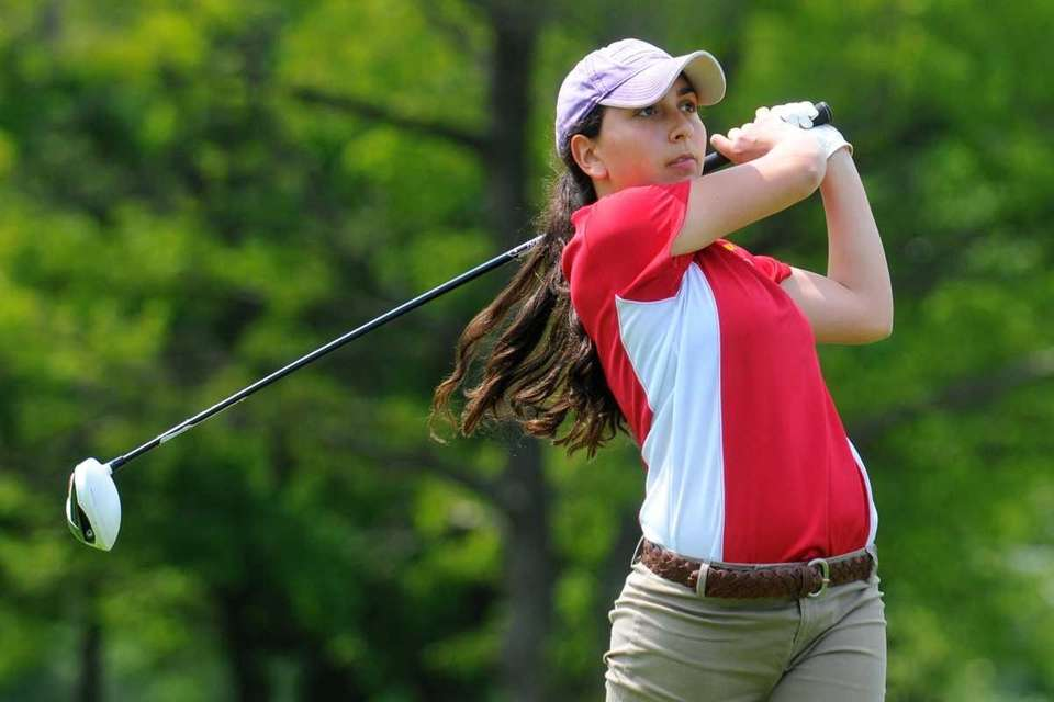 Tatiana Reali of Sacred Heart Academy tees off