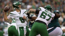 Luke Falk of the New York Jets looks