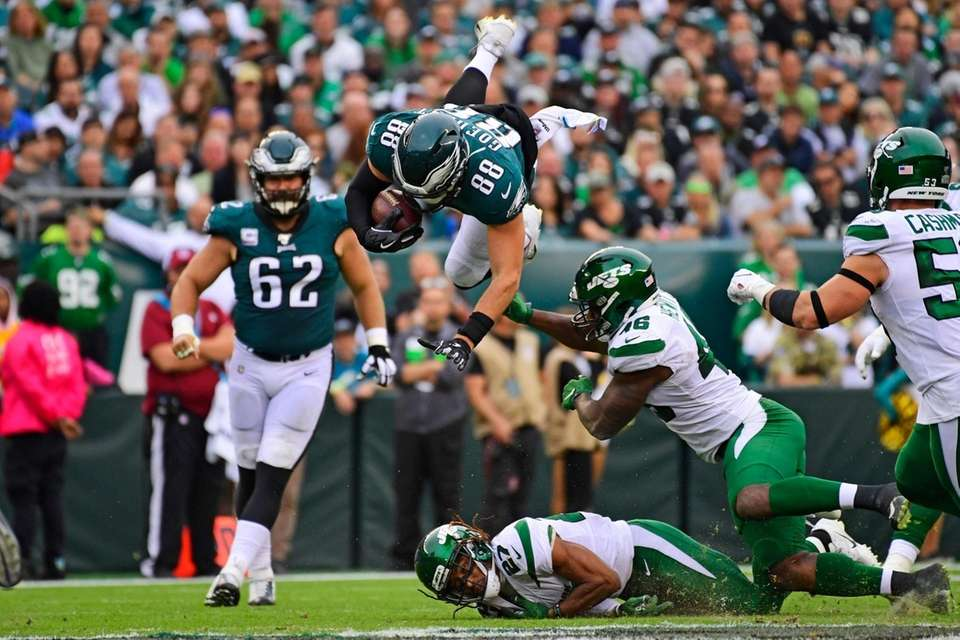 Dallas Goedert #88 of the Philadelphia Eagles is