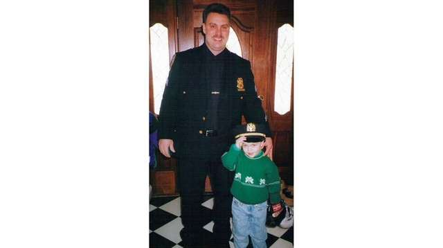 Following in the footsteps of fathers lost to 911 | Newsday