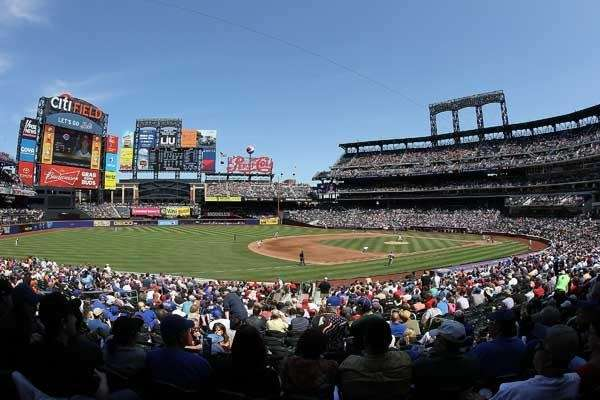 General view as the Mets play against the