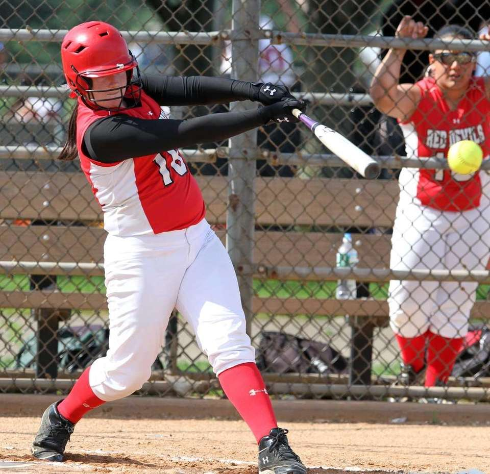 Plainedge's Taylor Curran hits a double. (May 17,
