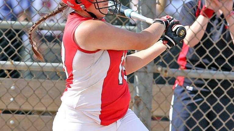 Plainedge's Kim Nowak hits a two-run single. (May