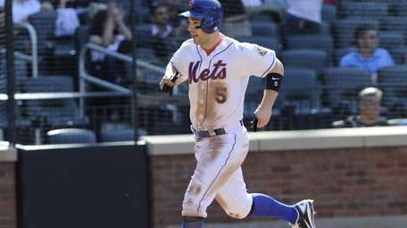 David Wright trots home on Justin Turner's eighth