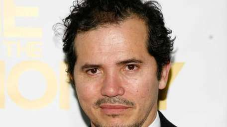 Actor John >Leguizamo attends the