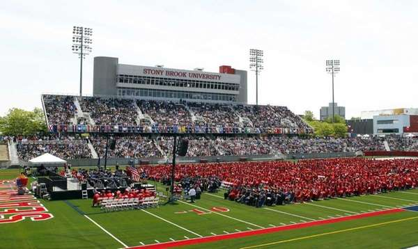 Stony Brook University's Class of 2012 participates in