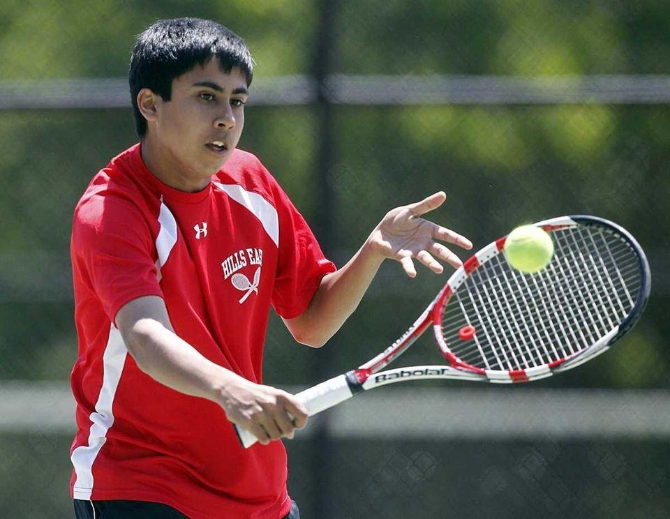 Boys singles semifinalist Zain Ali of Half Hollow