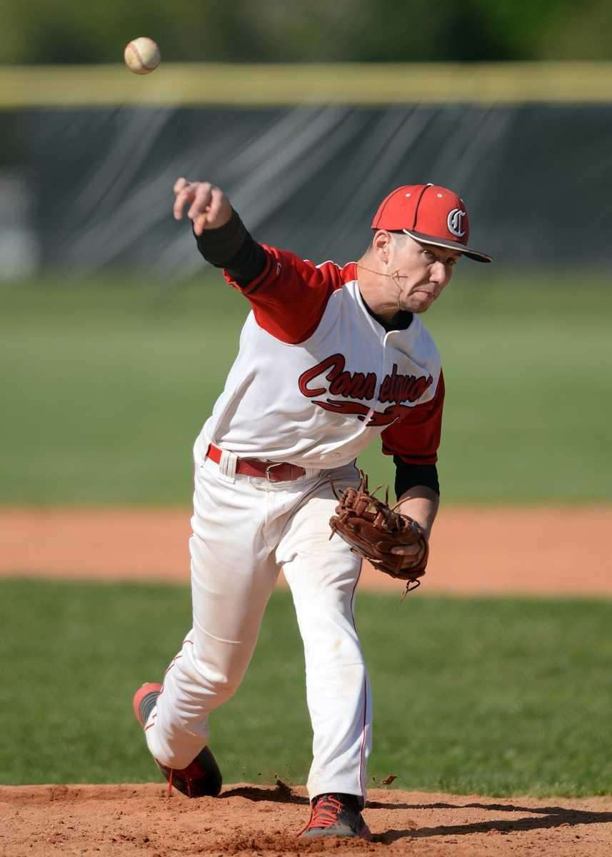 Connetquot's James Higgins delivers a pitch. (May 18,