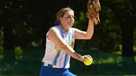 Kellenberg's Susan Pardo pitched a complete game, striking