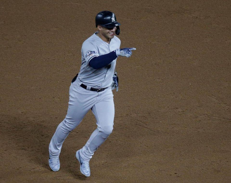 Yankees second baseman Gleyber Torres rounds second base