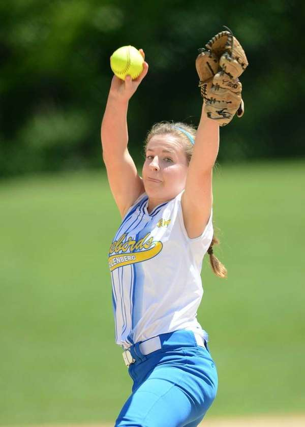 Kellenberg's Susan Pardo pitches in an early-season game.