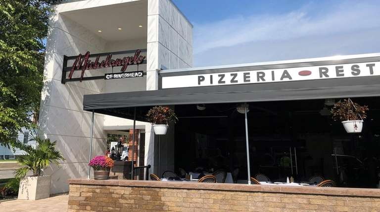 Restaurant And Pizzeria Michelangelo Opens In Riverhead