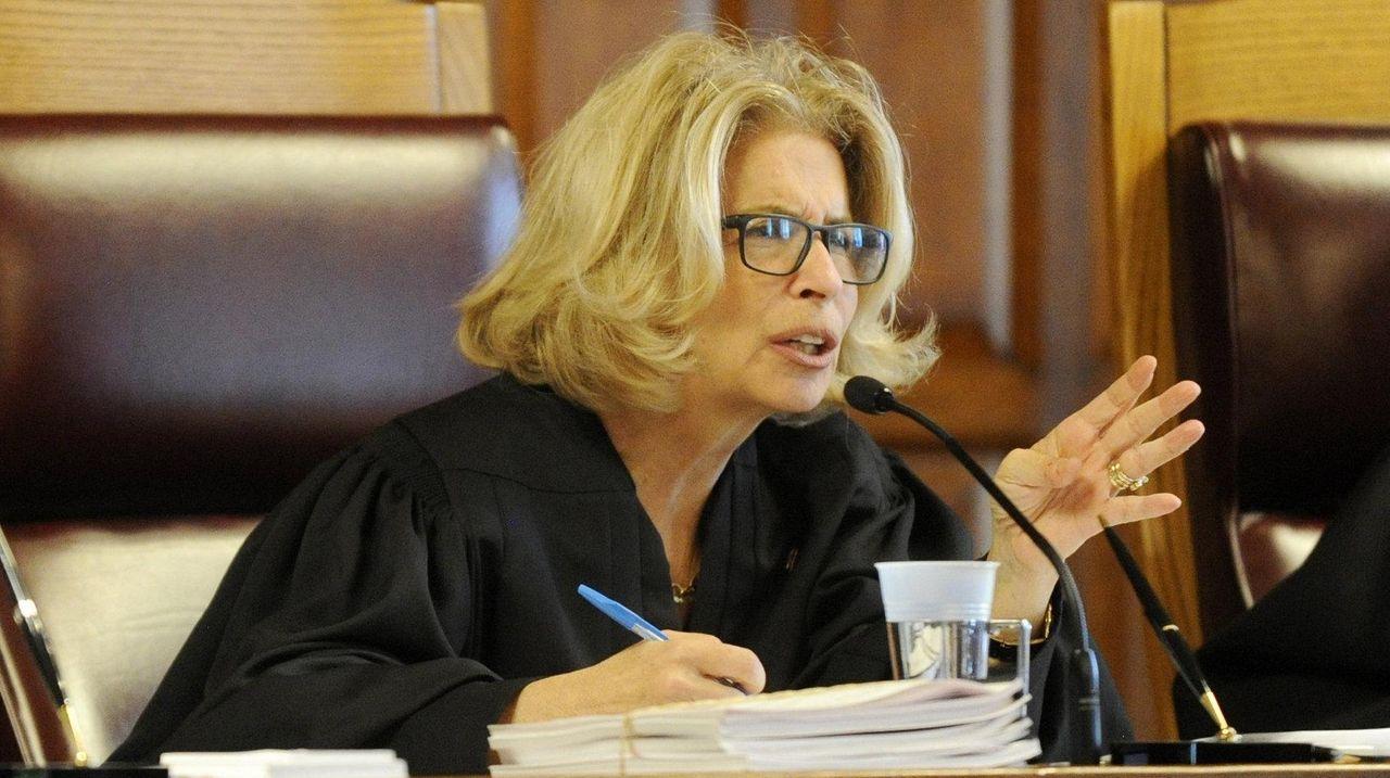 Chief judge lauds Nassau, Suffolk for cutting case backlogs