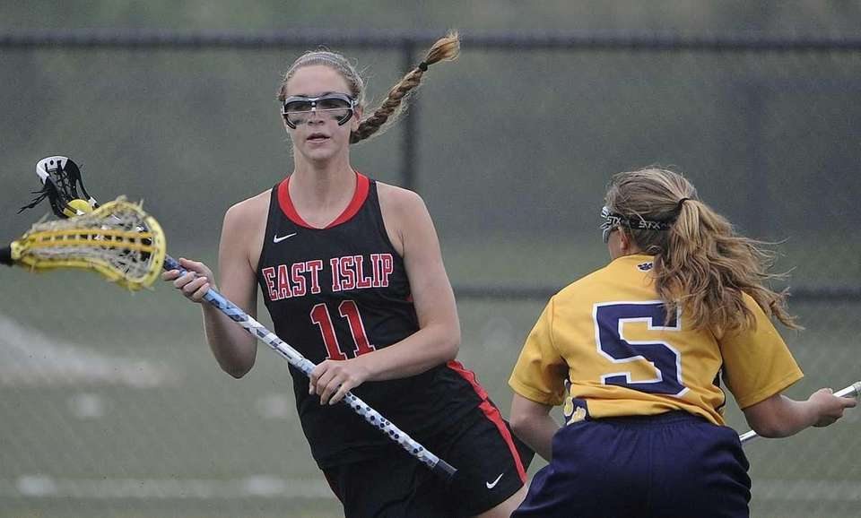 East Islip's Jackie Niciforo looks to pass past