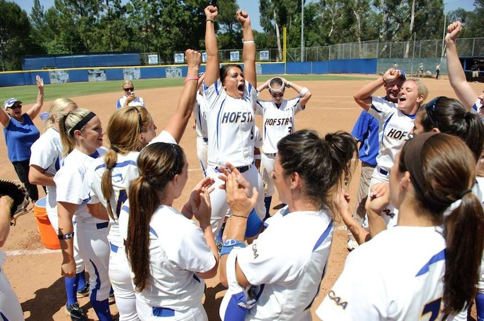 Hofstra softball in action at NCAA regionals. (May