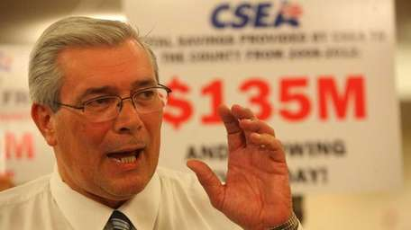 CSEA president Jerry Laricchiuta speaks to the Nassau