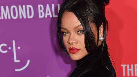 Rihanna confirmed speculation that she declined to perform
