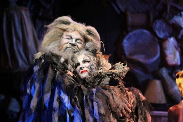 Ken Page stars as Old Deuteronomy and Jessica