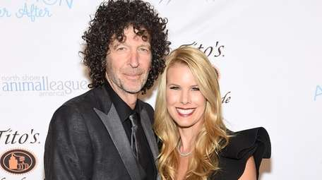 Howard and Beth Stern attend the North Shore