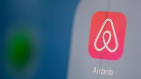 Airbnb has 10 listings in the Town of