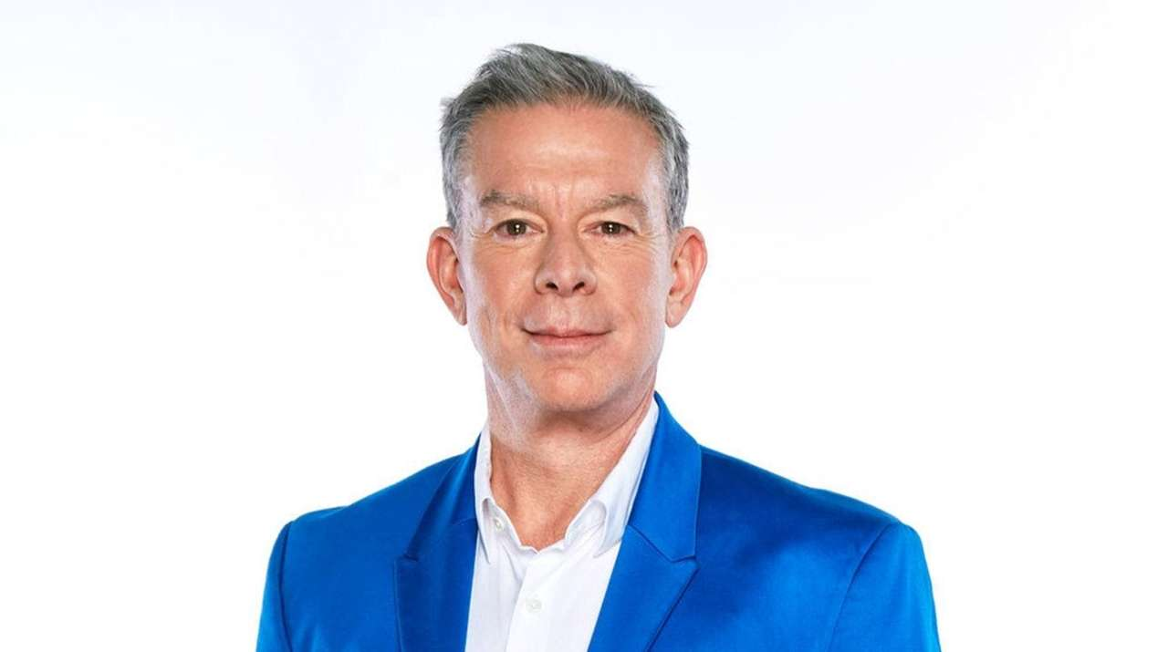 Z100's Elvis Duran is coming to Huntington