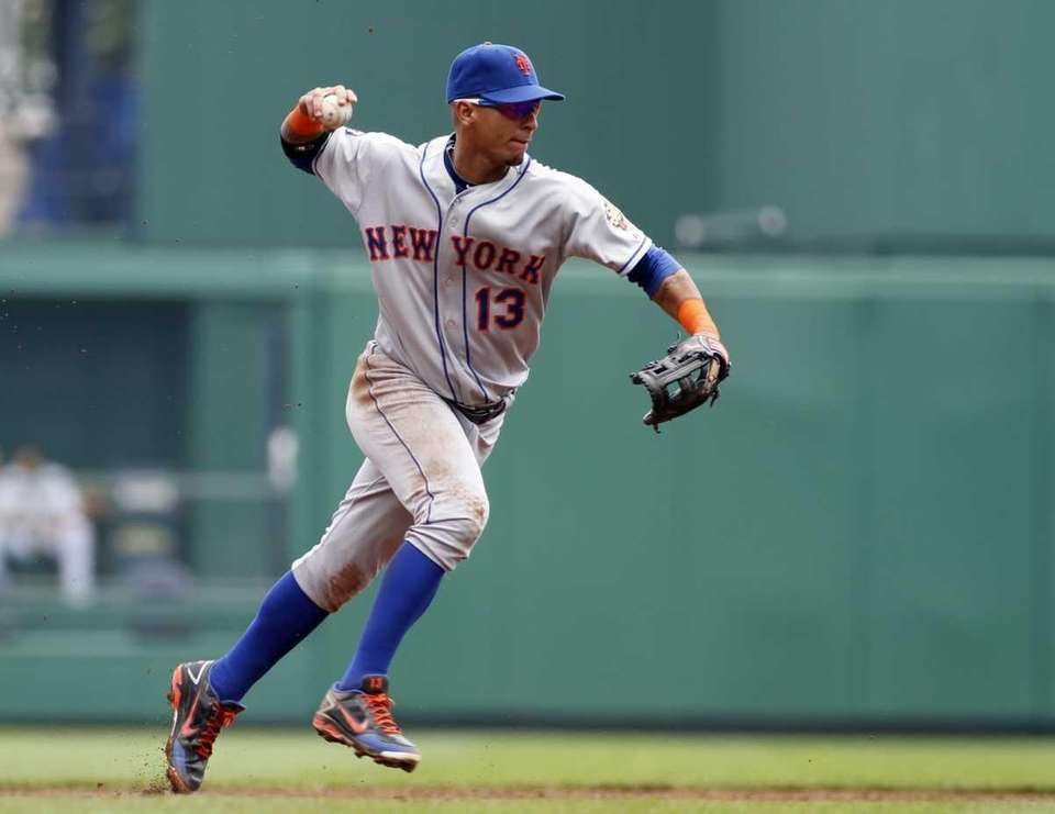 Ronny Cedeno #13 of the New York Mets
