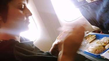 Refuse that in-flight meal, advises fitness expert Taryn