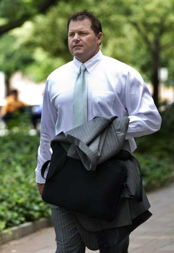 Former pitcher Roger Clemens arrives at federal court.