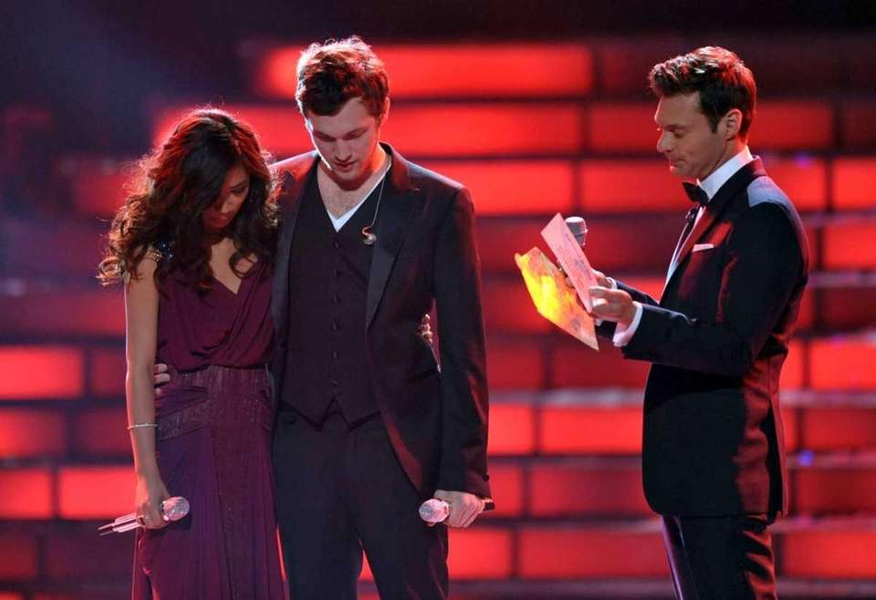 Finalists Jessica Sanchez, left, and Phillip Phillips, center,