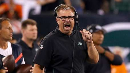 Defensive coordinator Gregg Williams of the New York