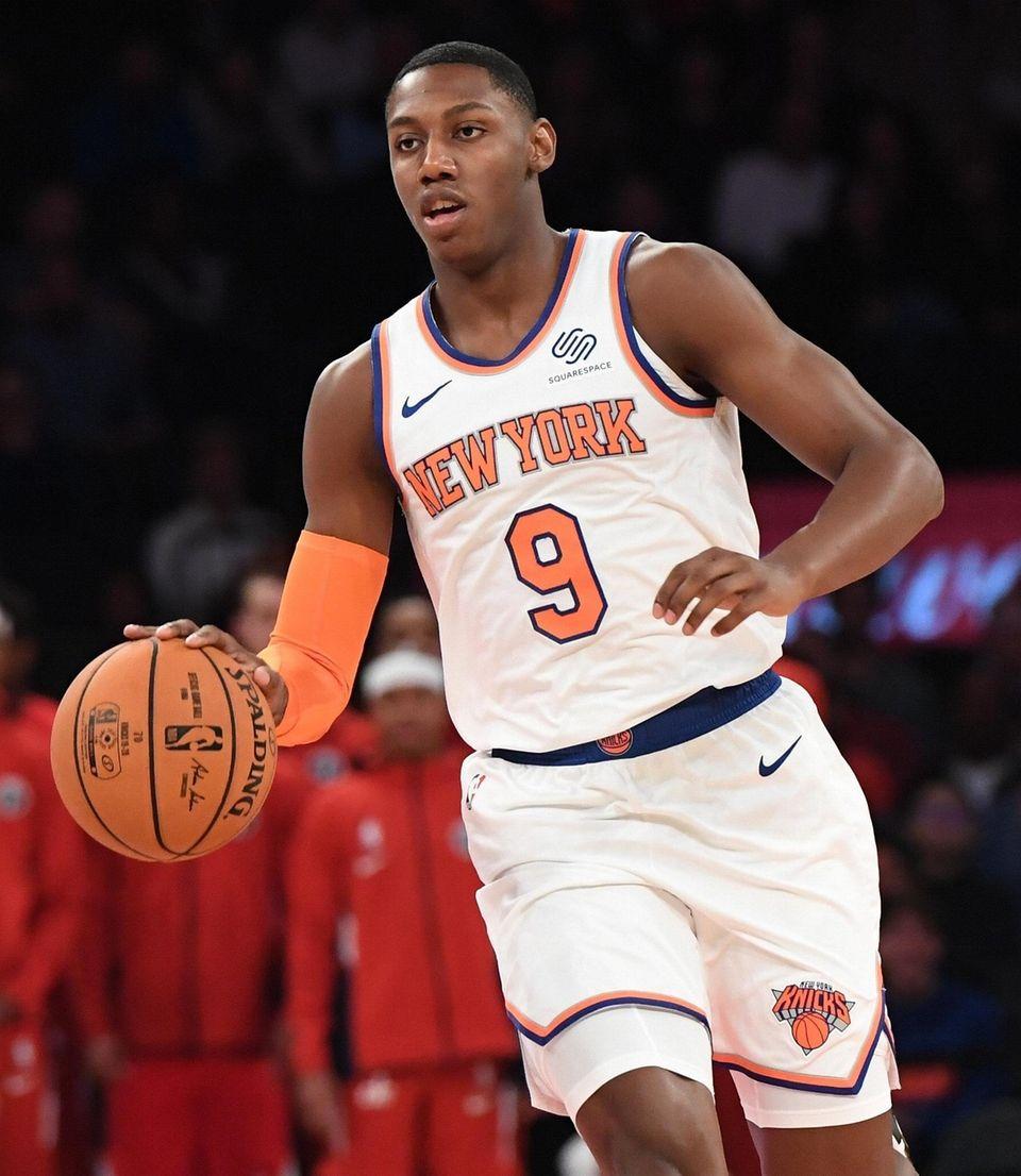 New York KnicksÕ RJ Barrett dribbles the ball