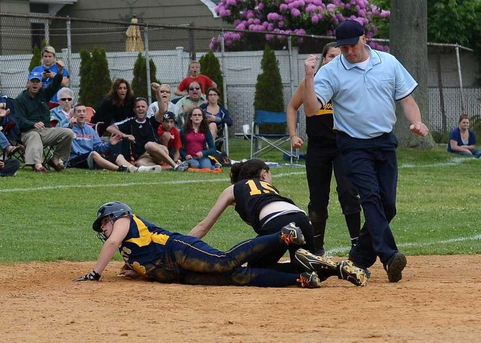 Sayville's Kira Kar catches a hard line drive
