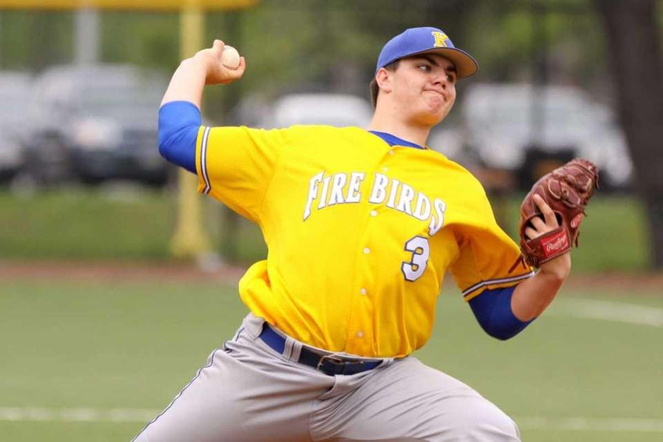 Kellenberg's Matt Weissheier pitches against St. Anthony's. (May