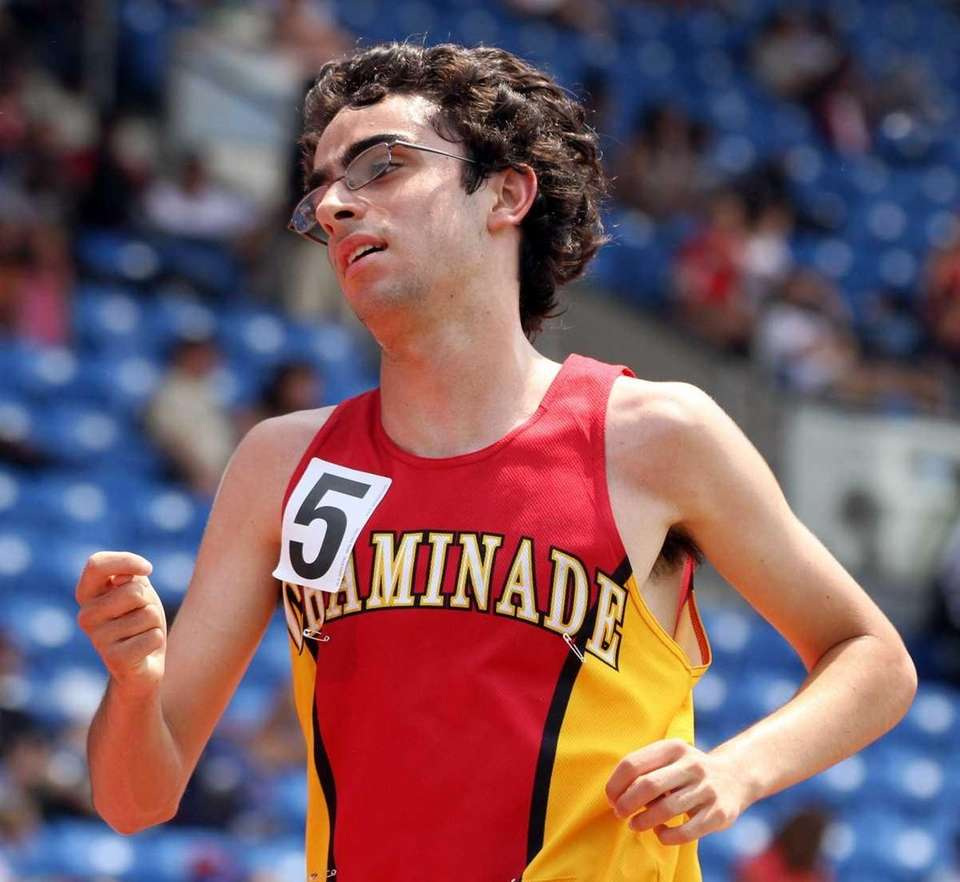 Chaminade's Thomas Awad takes first in the boys