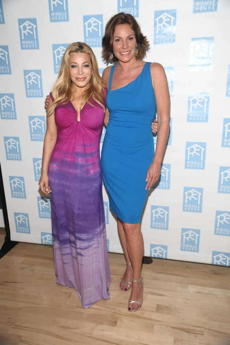 Taylor Dayne, and Countess Luann de Lesseps attends