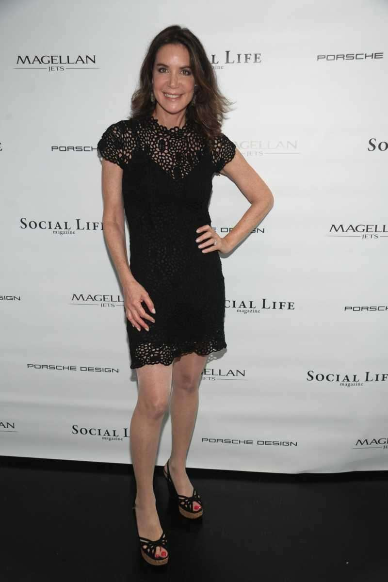 Lois Robbins attends the Social Life Magazine Cover