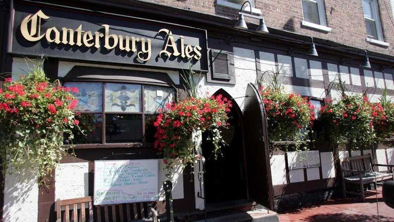 Canterbury Ales in Huntington served a British-inspired menu