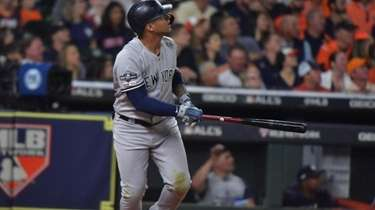 Yankees second baseman Gleyber Torres drove in five