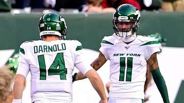 Sam Darnold and Robby Anderson of the Jets