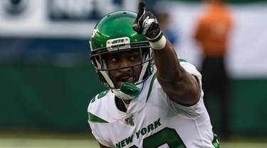 Jets wide receiver Jamison Crowder celebrates a catch
