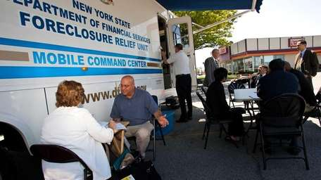A Financial Services Foreclosure Prevention mobile center makes