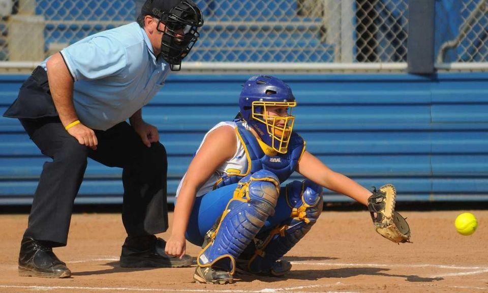 Kellenberg catcher #20 Alexandra Pisciotta tries to frame